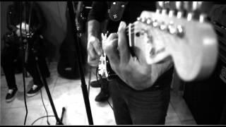 Download Piensa En mi Hector Garcia ft. Blesska MP3 song and Music Video
