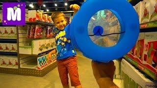 СУПЕР Огромный магазин игрушек в Мире Hamleys 6 этажей миллионы игрушек и целый этаж конфет