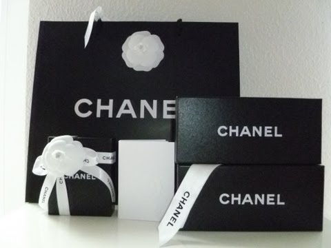 CHANEL Sunglasses & CHANEL Earrings