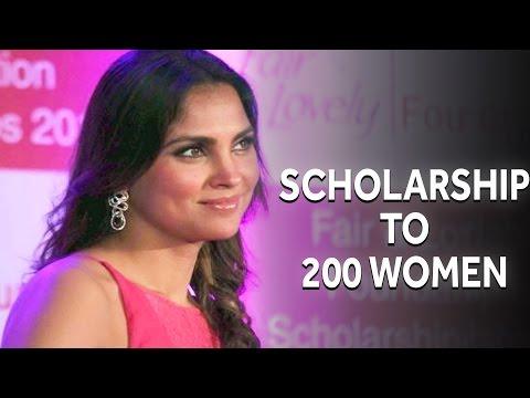 Gorgeous Lara Dutta Present Scholarship to 200 Women on Behalf of Fair & Lovely