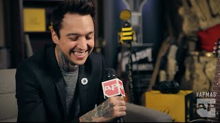 APMAs 2015: Tony Perry of Pierce The Veil interviewed in the GIBSON Backstage Artist Lounge