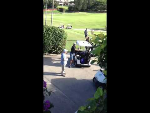 Obama at Mid pacific golf club
