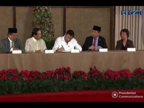 Duterte signs EO expanding Bangsamoro Transition Commission