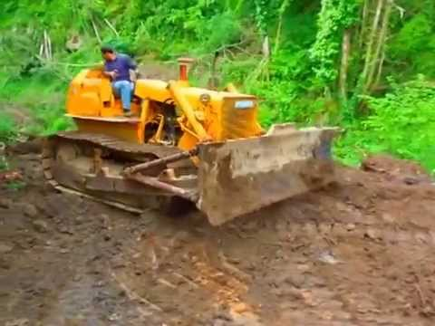 Bulldozer Fiat Allis AD10B Goes to Work