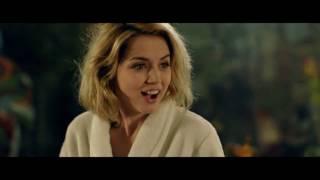 "Ana de Armas ""Knock Knock"" Dance [Отрывок Из Фильма ""Кто Там"" 2014]"