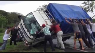 LLUVIA PROVOCA ACCIDENTE DE TRANSITO EN CHONTALES