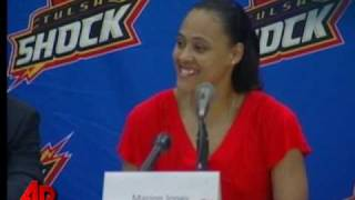 Marion Jones Signs With WNBA