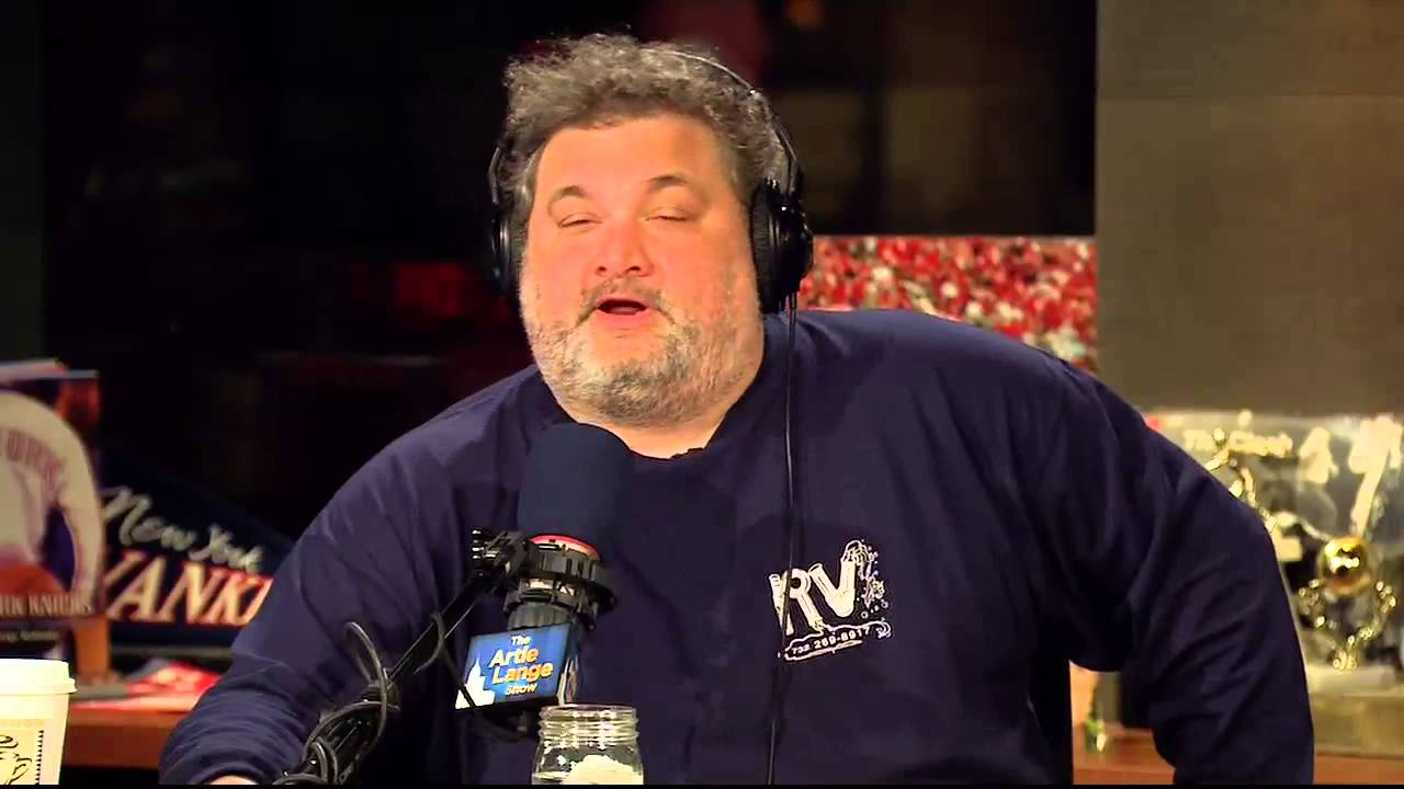 Artie Lange split from his girlfriend fiance who was soon be