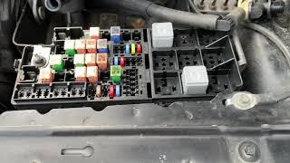 ford five hundred fuse box location (2005-2007) - youtube  youtube