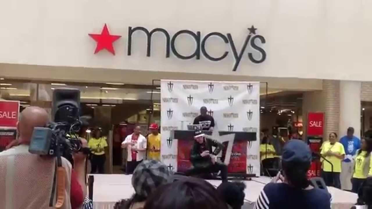 Dancing At South Dekalb Mall Youtube