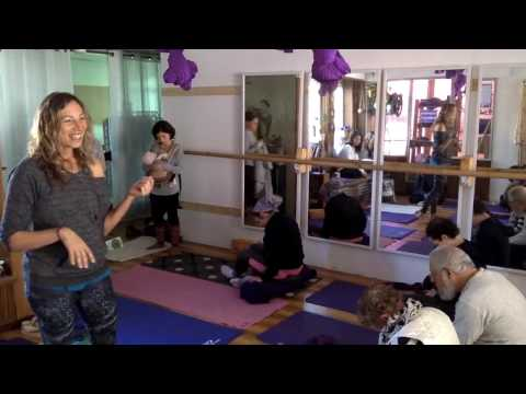 Rachel Krentzman Neck & Shoulder Release Workshop at Inspire Studio, jerusalem - PART 1