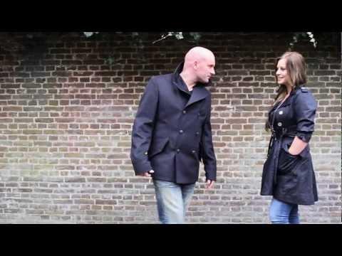 Dean Saunders - Je Verblindt Me (Officiële Videoclip)