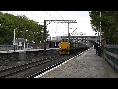 37602 & 37259 Thrash Through Wakefield Westgate with 'The Cruise Saver Express'