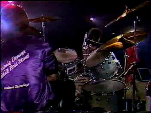 Wanda Jackson Live In Paris 1981 -Brown Eyed Handsome Man.AVI