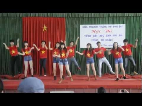 Tiết mục nhảy 11B9 - duyệt văn nghệ 26/3/2013, trường THPT Phú Bài
