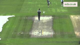 vuclip Steven Finn Bowling in Training at Emirates Old Trafford