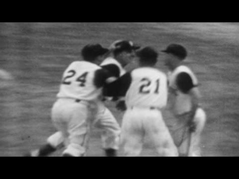 1960 WS Gm7: Hal Smith's threerun homer in 8th