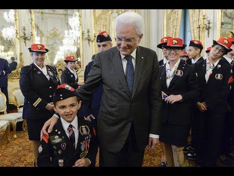 Mattarella con delegazione assistenza orfani arma dei Carabinieri