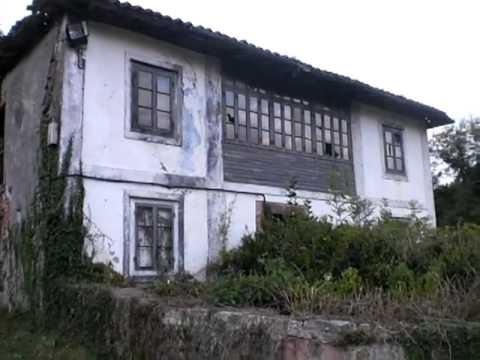 Valdebárcena en Villaviciosa, iglesia, horreo y casa tradicional www villaviciosahermosa com