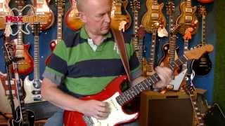 Max Guitar - Fender 1965 Stratocaster Candy Apple Red