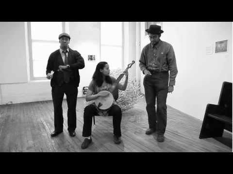 Carolina Chocolate Drops - Instrument Interview: Bones & Banjo (Sleepover Shows)