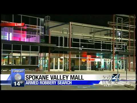 Police searching for armed robber at Spokane Valley Mall, hundreds evacuated