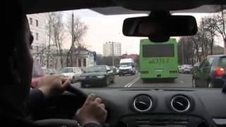 видео Безопасное вождение автомобиля