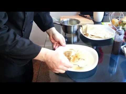 1.-crêpe-en-aumônière---how-to-present-french-crepe-1