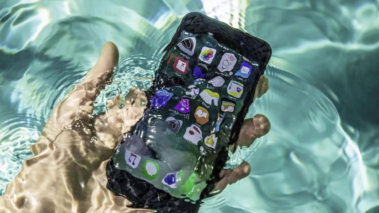 Que hacer si se te cae el móvil al agua