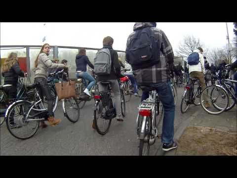 Meanwhile in The Netherlands... Cycling traffic jam!   Cyclecam