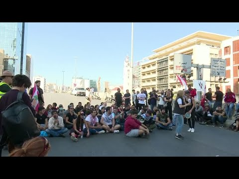 المظاهرات في لبنان: قطع الطرقات وسيلة ضغط -مشروعة- ولكن!  - نشر قبل 2 ساعة