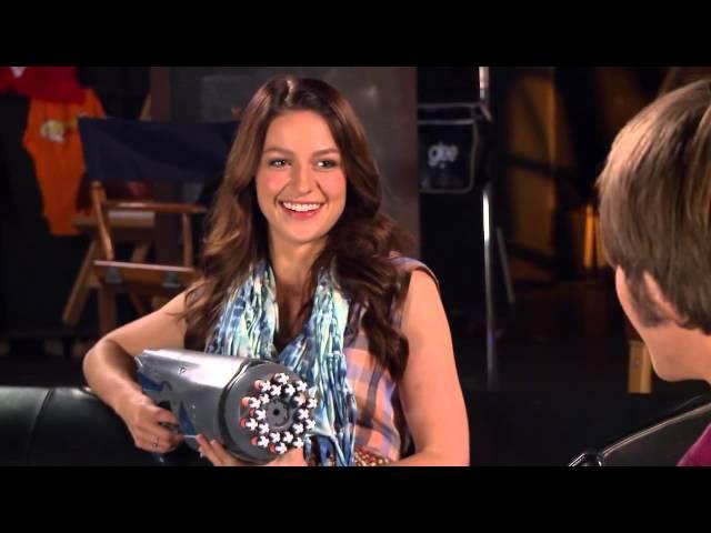 Melissa Benoist e Blake Jenner no FOX Lounge | Legendado