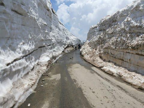 Sinthan Top , Kishtwar J&K on  Srinagar - Kishtwar National Highway.