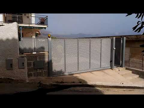 Cancello scorrevole pieghevole salva spazio