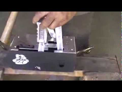 Kilduff Pistol Grip Lightning Rod Shifter. For th350/th400/c4/c6/727/904. Lenco action.