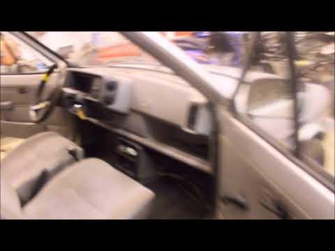 Ford Fiesta 1.1 1984 Restorointiprojekti //2 Vakiopenkit ,vanteet ja sisustan käsittely