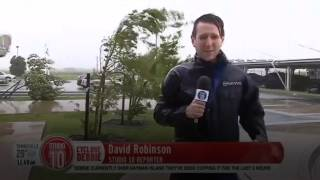 Cyclone Debbie - social media lashes reporters