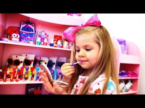 Diana Quiere Estar A La Moda Y Ser Hermosa - Juega A Vestirse Y Con Maquillaje