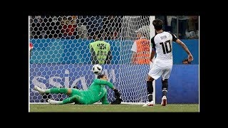 Arquero suizo con el blooper del Mundial
