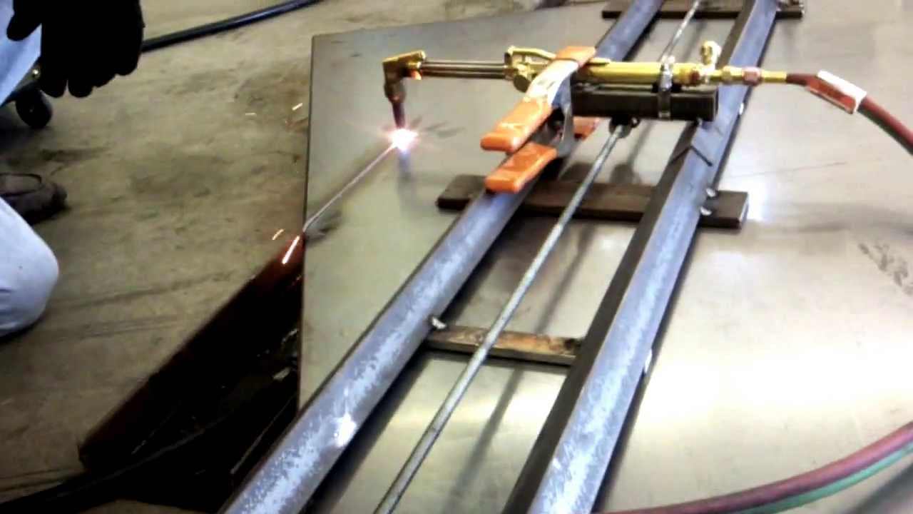 Cutting A Perfectly Straight Edge With An Oa Torch Youtube