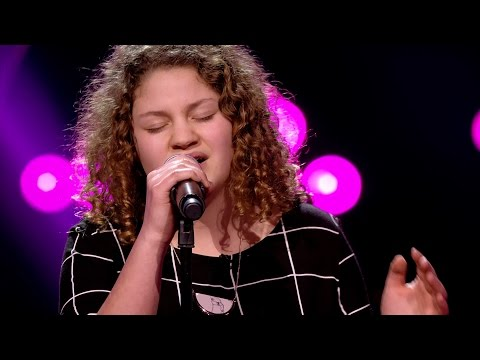 Pauline - 'La Vie En Rose' | Blind Auditions | The Voice Kids | VTM