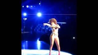 Rihanna i Globen 2011 -Disturbia Thumbnail