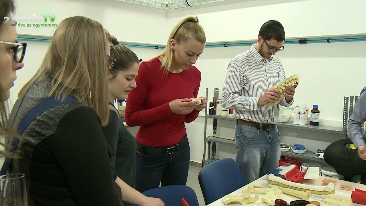 3D nyomtatási kutatóközpontot avattak a Pécsi Tudományegyetemen