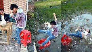 Funny Videos 2018 ● People doing stupid things P64