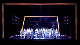 11月6日1:30PM公演のブロードウェイミュージカル「シカゴ」宝塚歌劇100...
