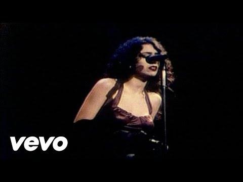Music video by Marisa Monte performing Sonhos.