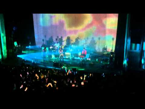 Tame Impala - LET IT HAPPEN - FIRST PERFORMANCE LIVE (OFFICIAL NEW SONG 2015) HD