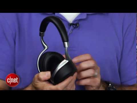 the-fancy-parrot-zik-wireless-bluetooth-headphones---first-look