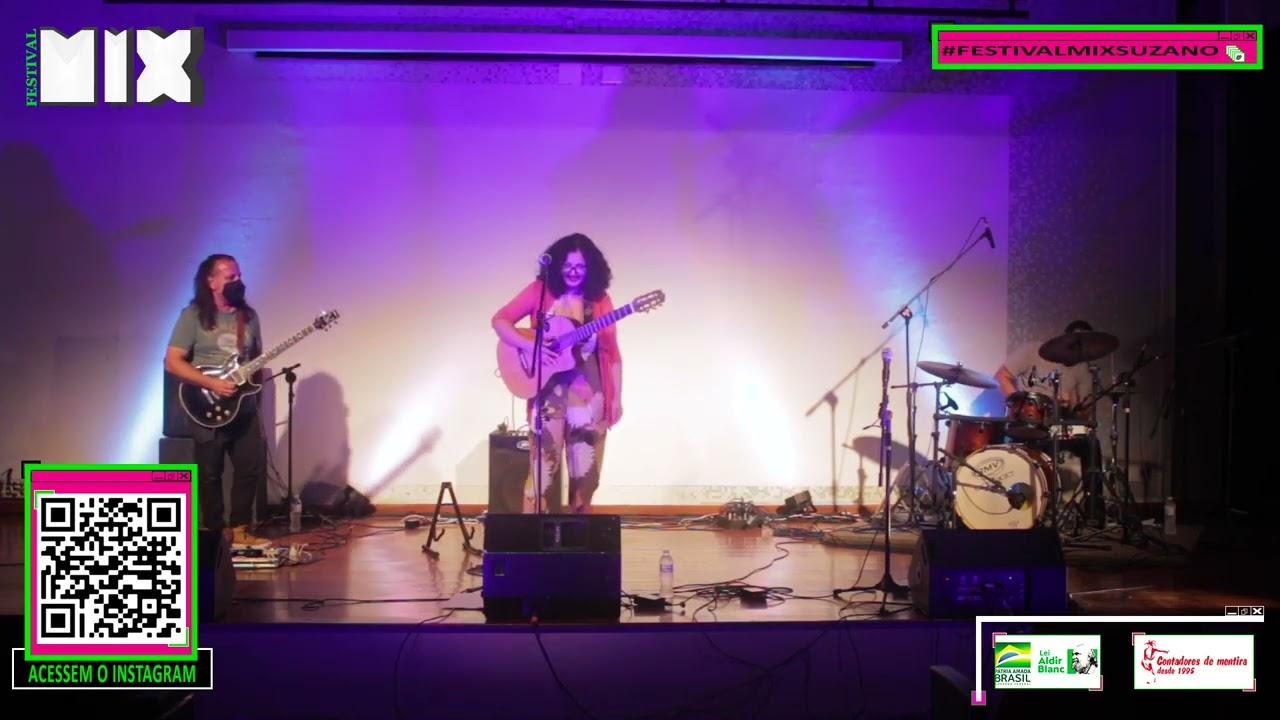 Lili Figueiredo em Trio