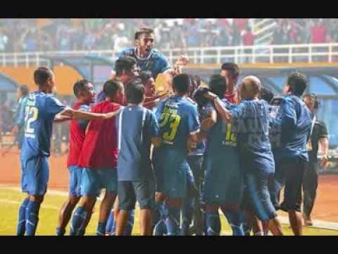 FINAL : PERSIB JUARA ISL 2014 Kalahkan Persipura Lewat Drama Adu Penalti - YouTube